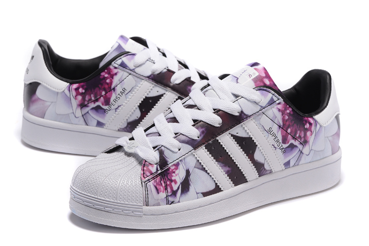 superstar femme adidas flower
